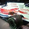 Toyota_TF109_01